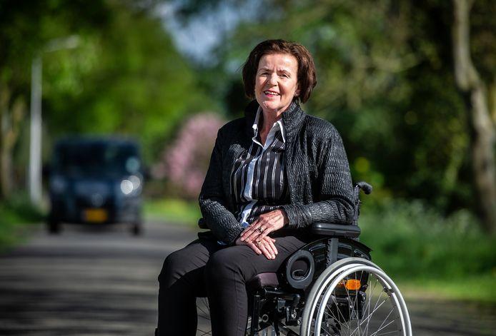 Nederland,Leerbroek,25-04-04-2018 Nelly Vollebregt is verkeerslachtoffer van een fietsongeluk   foto Koen Verheijden.