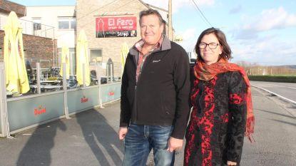 """Café El Faro op de top van de Bosberg over de afgelasting van Vlaanderens Mooiste: """"Elk jaar tellen we af, de Ronde is ons jaarlijks hoogtepunt"""""""
