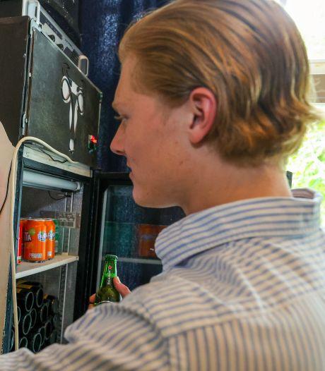 Gratis tablet vervangt papieren turflijstjes in Eindhovense studentenhuizen: 'Het is ideaal'