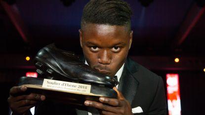 Opnieuw prijs voor Club Brugge: Anthony Limbombe wint Ebbenhouten Schoen