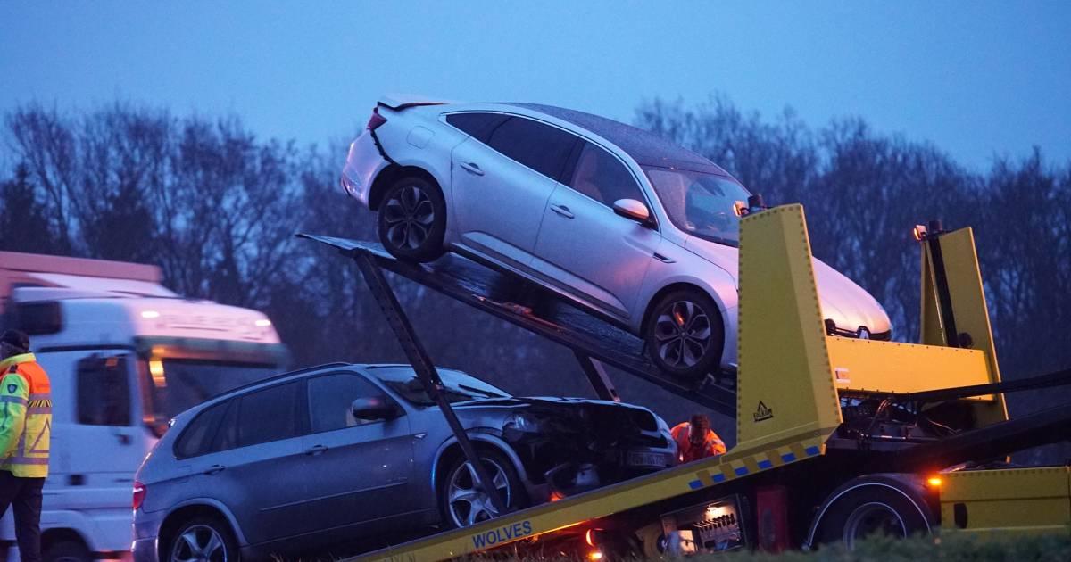 Lange file op A1 tussen Rijssen en Deventer na ongeval.