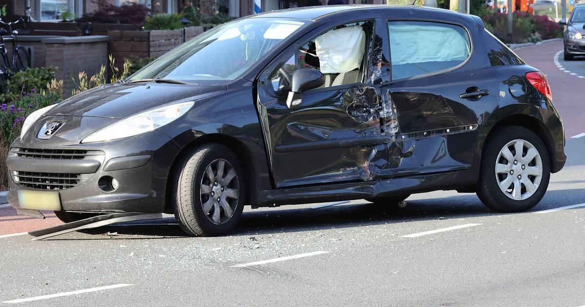 Man raakt gewond bij aanrijding met lijnbus in Oss.