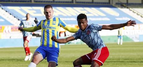 RKC-invaller Augustijns na prima optreden tegen Ajax: 'Belangrijke reactie naar supporters toe na duel met Emmen'