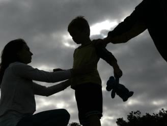 Koppel krijgt werk- en celstraf met uitstel voor dealen van drugs, in bijzijn van 5-jarig zoontje