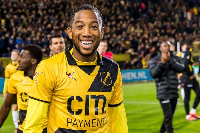 Fabian Sporkslede in het shirt van NAC.