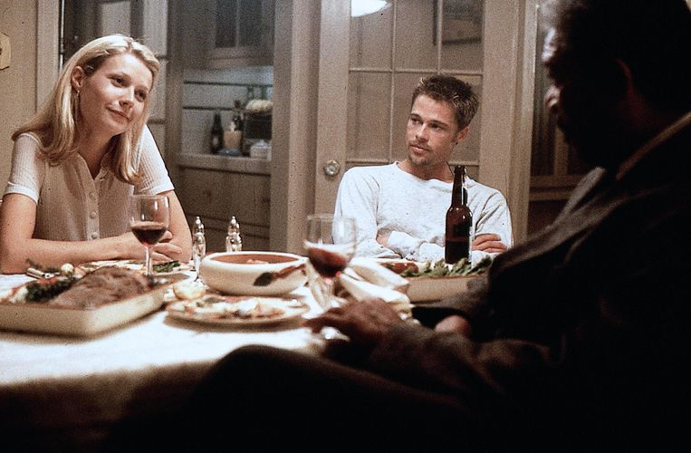 Van links naar rechts: Gwyneth Paltrow, Brad Pitt en Morgan Freeman in Se7en.  Beeld