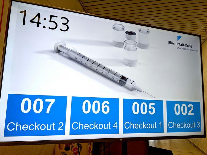 Zo verloopt de uitstroom in het vaccinatiecentrum in Schifferstadt.