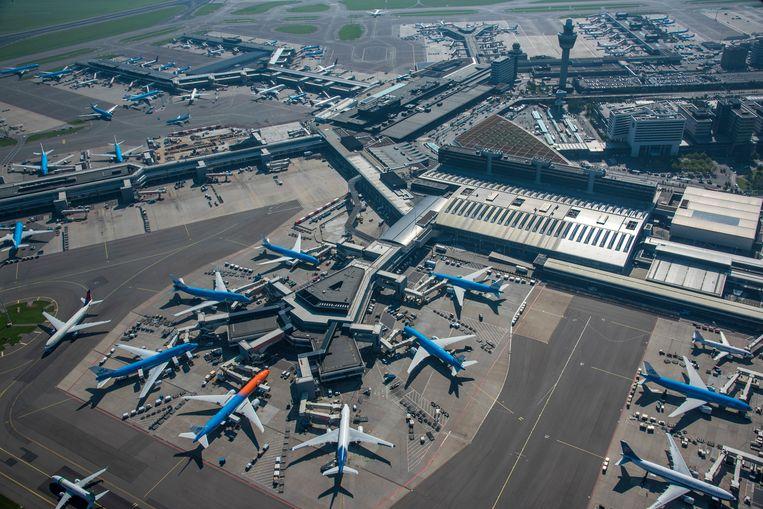 'Dit had geregeld moeten zijn in de topjaren van Schiphol, maar zelfs toen gaf de luchthaven niet thuis.' Beeld ANP