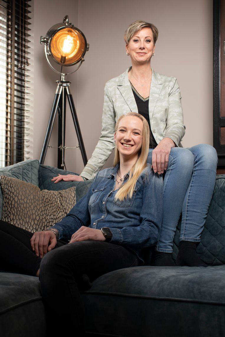 Daniëlle & Zoë. Beeld Harmen de Jong