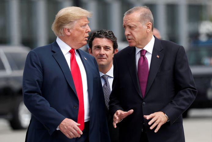 De Turkse president Recep Tayyip Erdogan (rechts) met zijn Amerikaanse ambtsgenoot Donald Trump tijdens de NAVO-top eerder deze maand in Brussel.