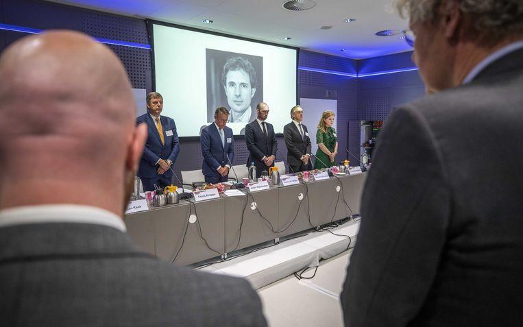 Tijdens de vergadering van de Orde van Advocaten in Utrecht wordt donderdag een minuut stilte gehouden voor doodgeschoten advocaat Derk Wiersum. Beeld ANP