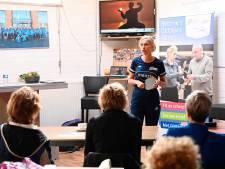 Bettine Vriesekoop verzorgt aftrap Oldstars Tafeltennis in Dedemsvaart: 'Je ontwikkelt jezelf niet alleen als sporter, maar ook als mens'