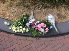 Gedenkplek bij huis gedode Laura (24)