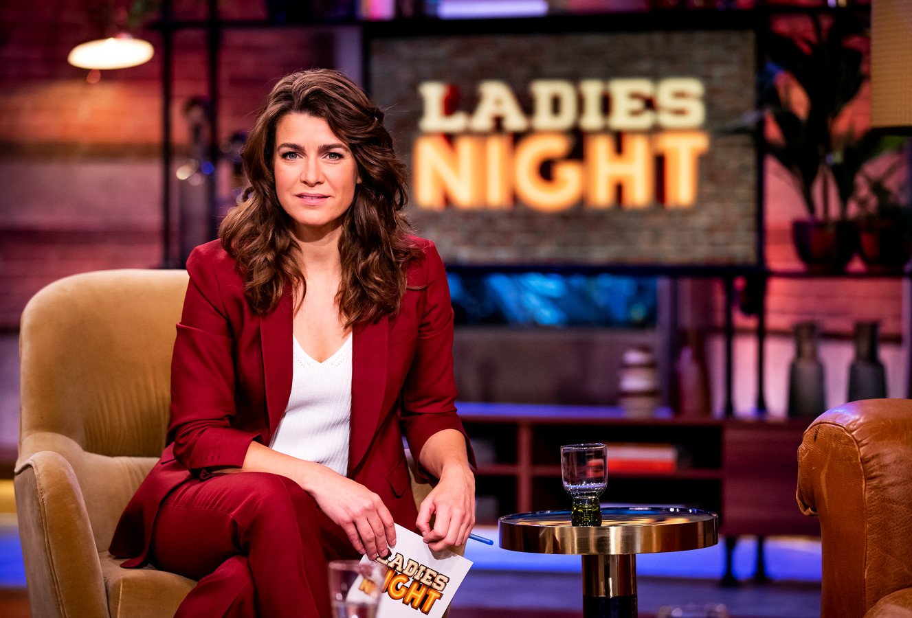 Westrik als presentatrice van Ladies Night