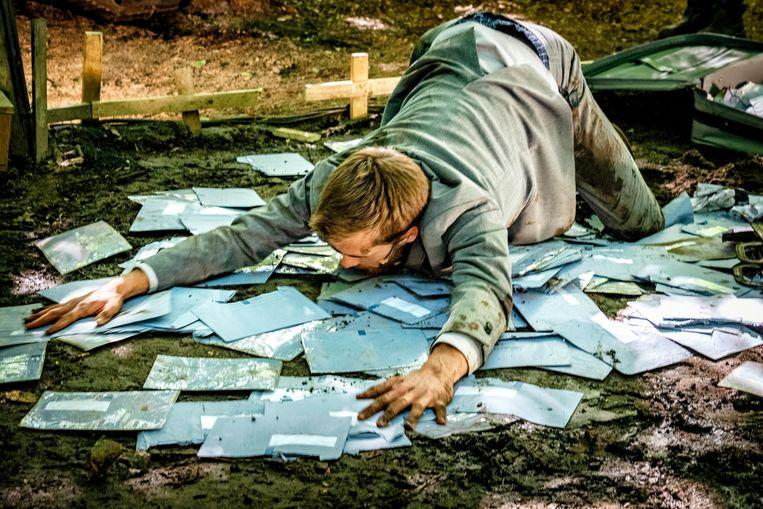 scene uit Hier van niets te halen op FestiValderAa in Zuidlaren Beeld Anne Harbers