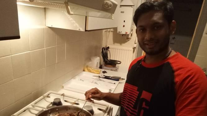 In de Pioenroosstraat in Eindhoven: Even terug in India bij Sidharth in huis