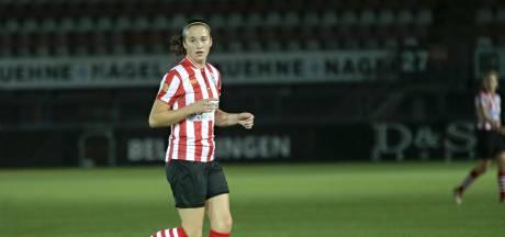 Zeeuwse voetbalsters Van Vliet en Versluis gaan met vrouwenploeg Excelsior de eredivisie in