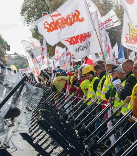 Europees Hof legt Polen forse dwangsom op in rel om tuchtkamer voor rechters