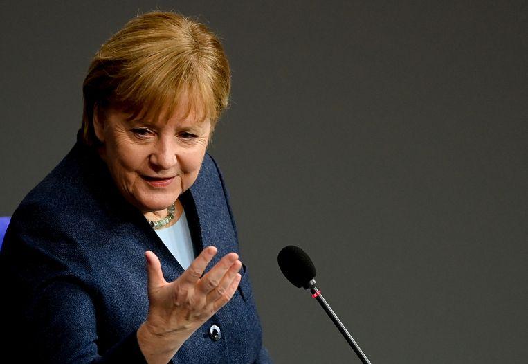 De Duitse bondskanselier Angela Merkel op 16 december in de Bondsdag.  Beeld EPA