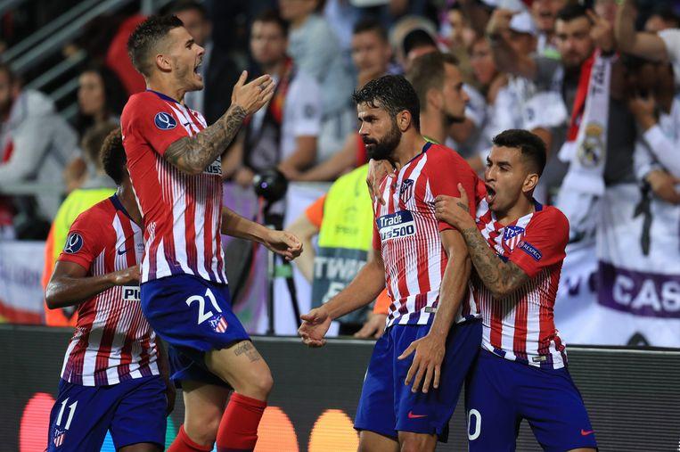 79' Diego Costa heeft er net 2-2 van gemaakt met zijn tweede goal van de avond.