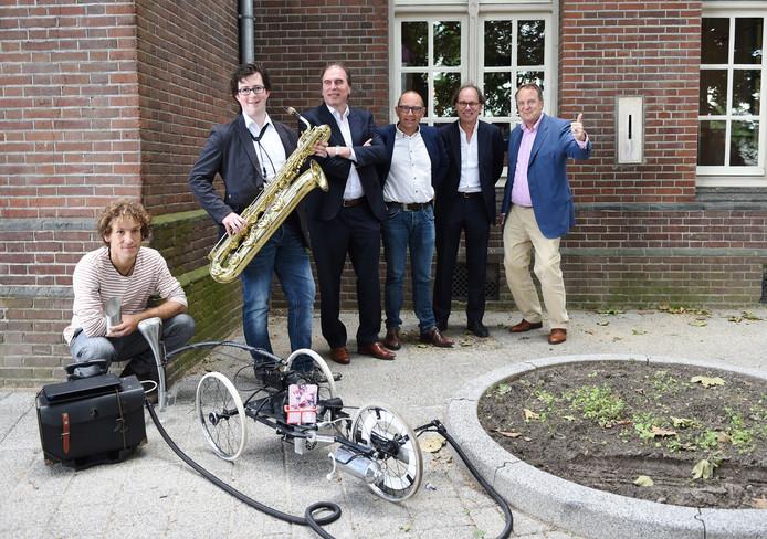 v.l.n.r: Benno Hartjes, Vincent Klep, Roel van den Dungen, Bart Eigeman, Henri Broeren, Huib van Olden.