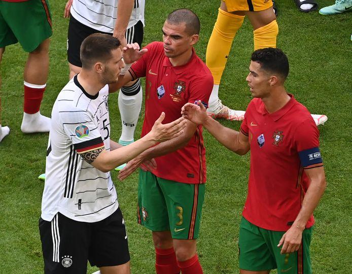 Corrigés par l'Allemagne, Pepe et le Portugal joueront leur qualification contre la France, mercredi soir.