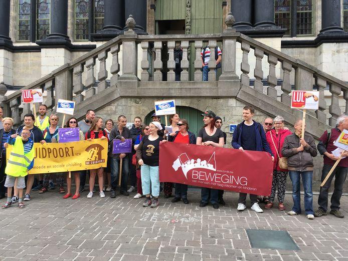 Actie voor het stadhuis van verenigingen tegen armoede