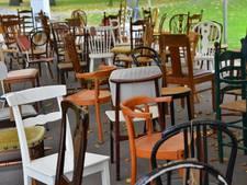 113 Brabantse verkeersdoden op indrukwekkende manier herdacht met 113 lege stoelen