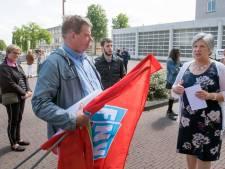 Commotie rond wethouder Winnie Prins in Zeewolde blijft voortsudderen, ondank haar excuses