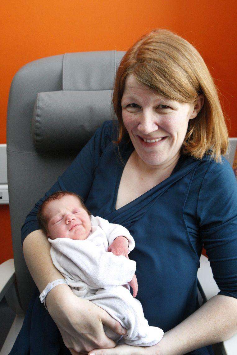 Mama Heidi met de kleine Jolene.