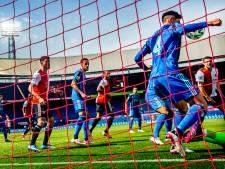 Ajax kan na klinkende zege in Klassieker verder in EK- en vakantiemodus