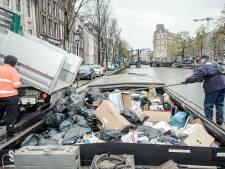 Oude tijden herleven: de vuilnisboot haalt veilig en snel afval op