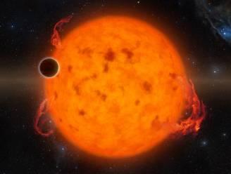 Astronomen ontdekken twee 'piepjonge' exoplaneten