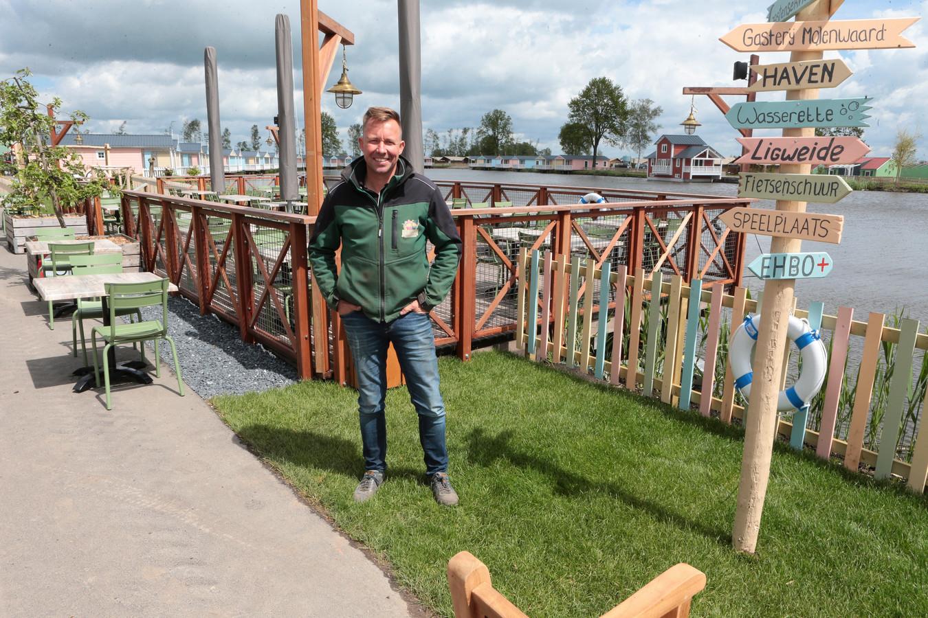 Eigenaar Michael van Hoorne is trots op Vakantiepark Molenwaard. Het restaurant en het terras zijn straks ook voor niet-gasten toegankelijk.