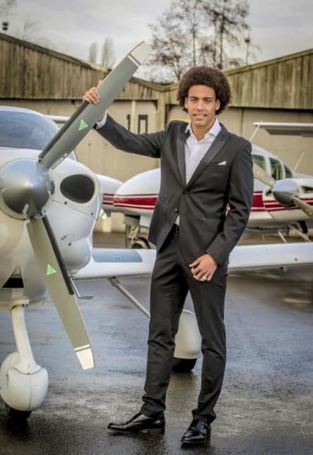 Axel Witsel investeert in Standard, huizen en vliegtuigen.