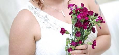 Britse Lynne (39) trouwt met zichzelf