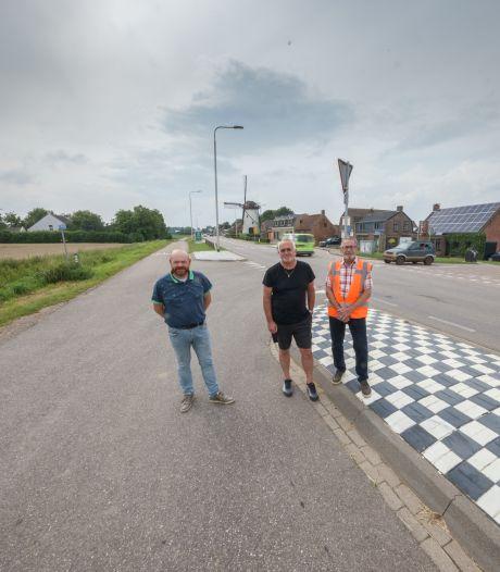 Drempels op de parallelweg in Heense Molen? 'Daar rijden wij ons materiaal op stuk!'