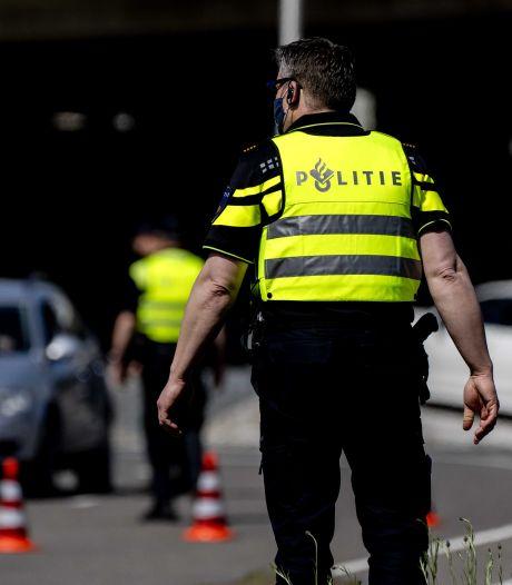 Bestuurder spoorloos na verkeersongeluk in Baarn
