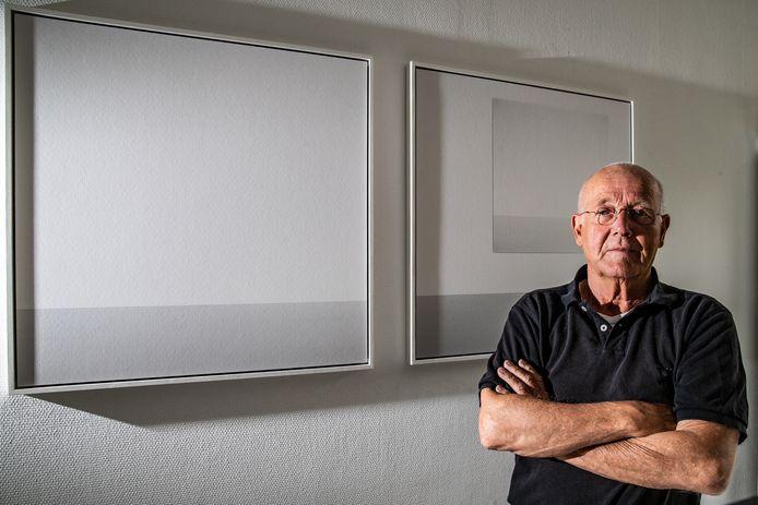 John Tromp is 72 jaar bij zijn afstudeerwerk na 5 jaar Foto Academie in Amsterdam.