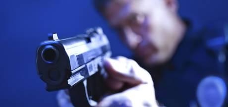 Justitiemedewerker (48) bedreigt man uit Mook met pistool en krijgt taakstraf