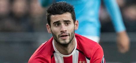 Pereiro speelt gewoon  in de basis bij PSV