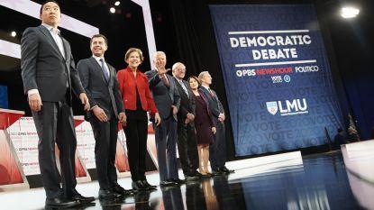 """Democratische presidentskandidaten in debat: over """"miljardairs in wijnkelders"""" en stotterverleden Biden"""