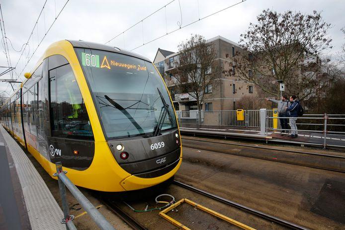 De nieuwe tramlijn van Nieuwegein richting Utrecht.