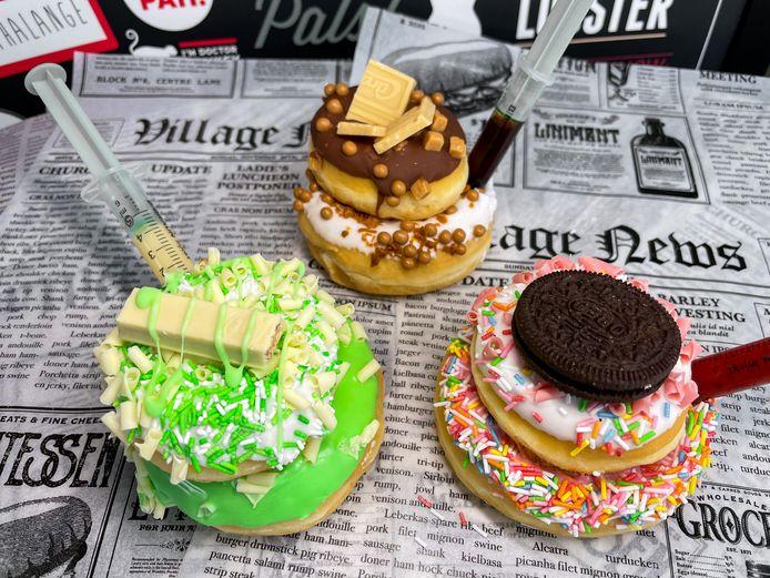 De dubbeldekker-donuts van Hollywood Café.