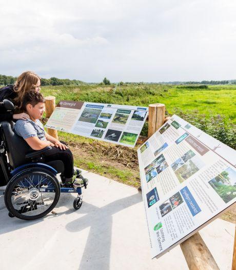 Dankzij het uitkijkplatform kan iedereen van de natuur genieten aan de Kanaaldijk in Biest-Houtakker