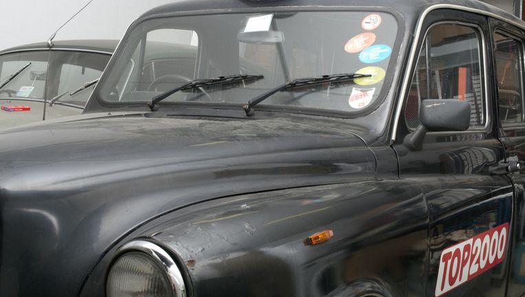 De Londense taxi die ooit als decor diende in Top 2000 à Go-Go Beeld Eline van Strien