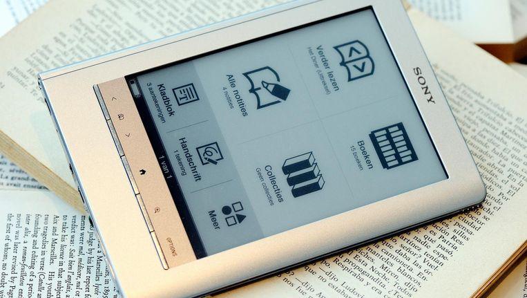 Volgens CB Logistiscs (voorheen het Centraal Boekhuis) zijn in het derde kwartaal 63 procent meer e-books uitgeleend, in totaal circa 800 duizend stuks. Beeld null