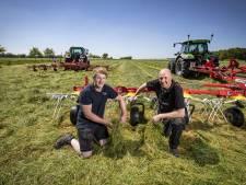 Veehouder Harry Arens uit Agelo kan eindelijk maaien: 'Eindelijk, het gras kan er af'