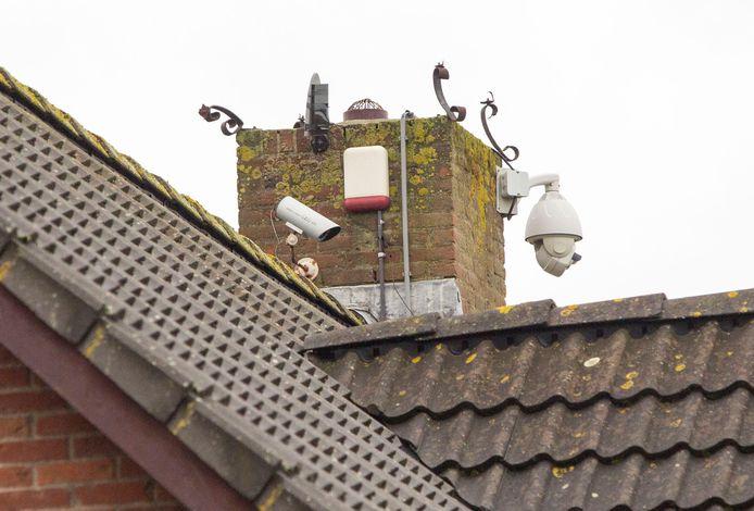 Anderhalf miljoen camera's hangen er bij particulieren en bedrijven in Nederland.