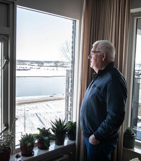 Piet heeft uitzicht op de Maas in Cuijk: 'Tijdens de Vierdaagse zie ik alles gebeuren hier op de eretribune'